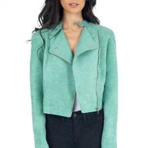 Jackets & Blazers - Suede like cropped moto style jacket